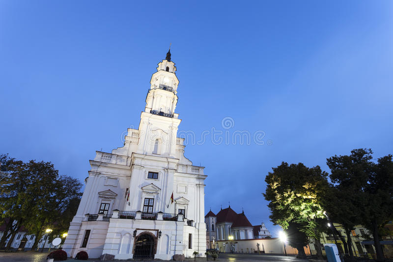 Stadhuis in Kaunas stock afbeelding
