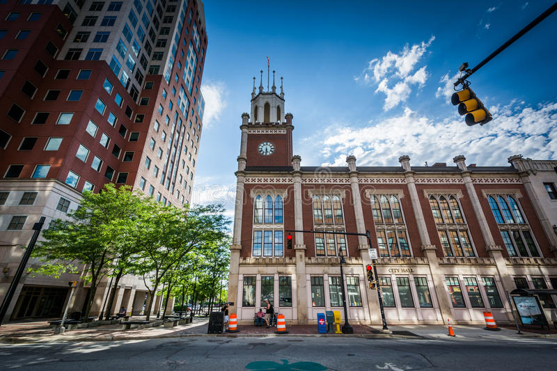 Stadhuis, in Manchester van de binnenstad, New Hampshire stock afbeeldingen