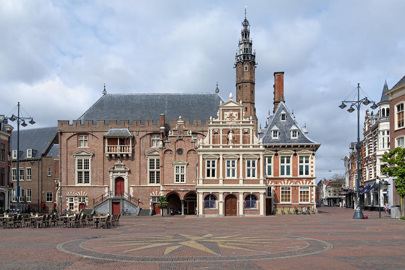 Stadhuis van Haarlem, Nederland stock foto's