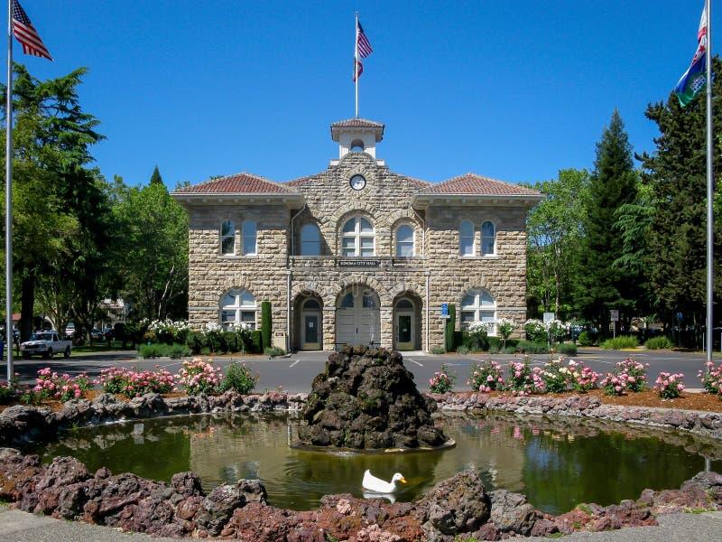 Stadhuis van Sonoma, CA stock foto's