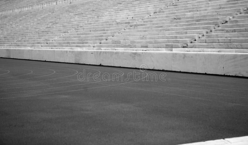 Stadio, pista e sedile di Kallimarmaro immagini stock libere da diritti