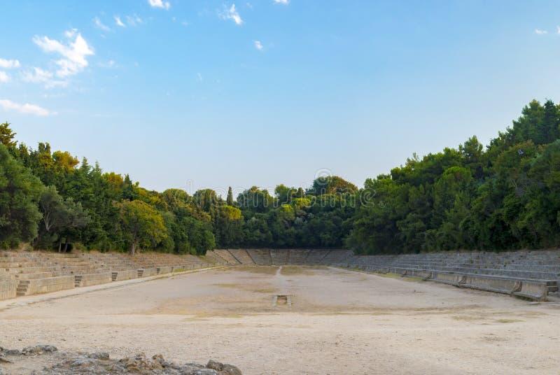 Stadion bij de Akropolis van Rhodos, Griekenland stock afbeelding