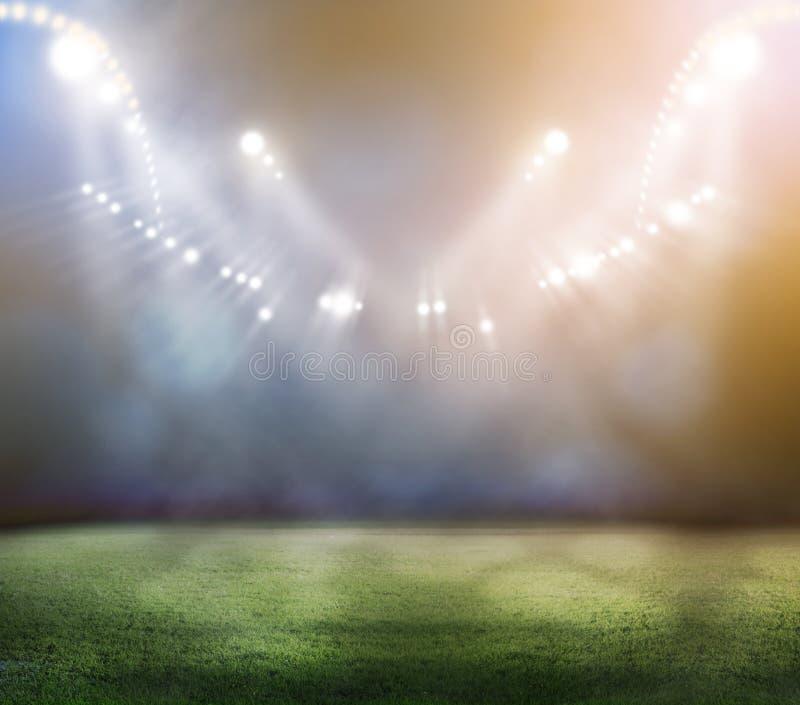 Stadion in den Lichtern lizenzfreie stockbilder
