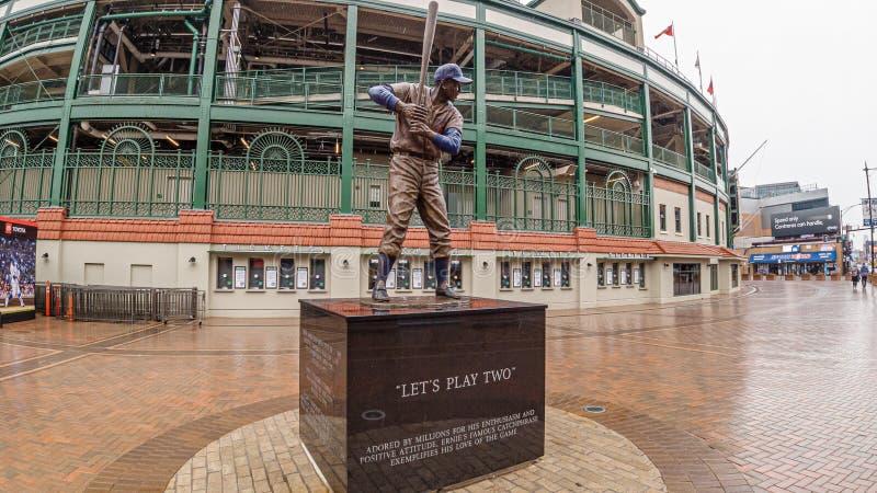 Stadion för Wrigley fältbaseball - hemmet av Chicago Cubs - CHICAGO, USA - JUNI 10, 2019 royaltyfria bilder