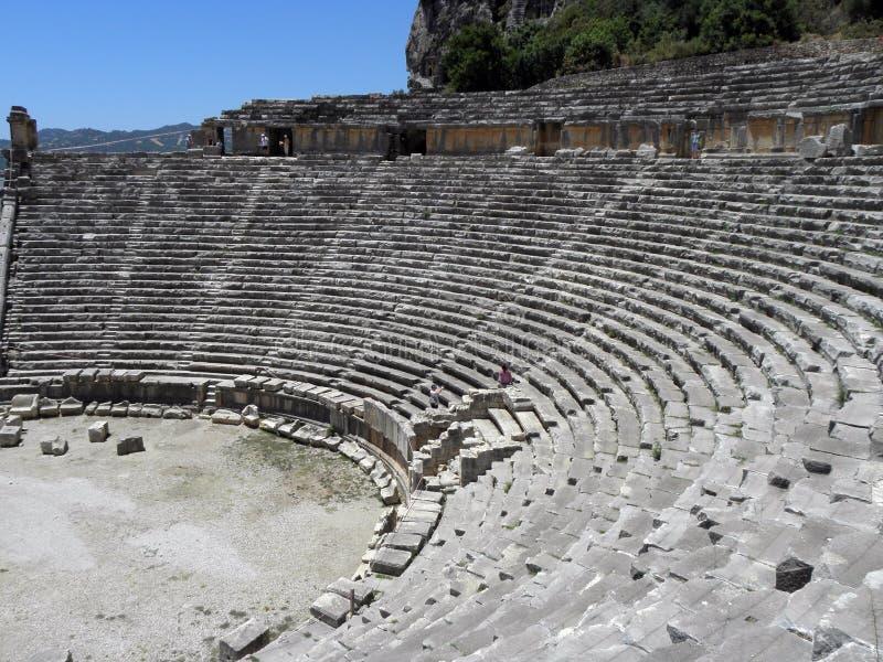 Stadium des griechisch-romanischen Theaters in der Türkei lizenzfreie stockbilder