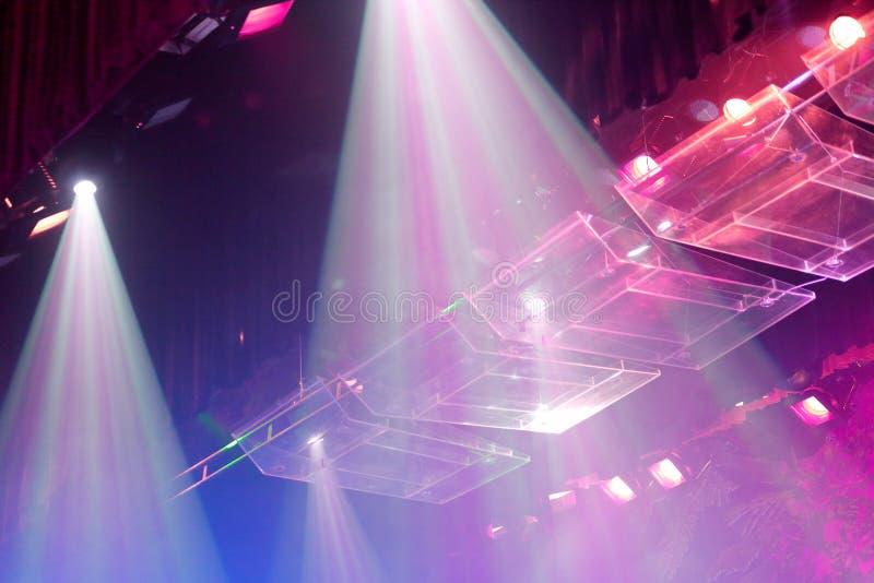 Stadium ultraviolette lichten, srgb beeld stock afbeelding
