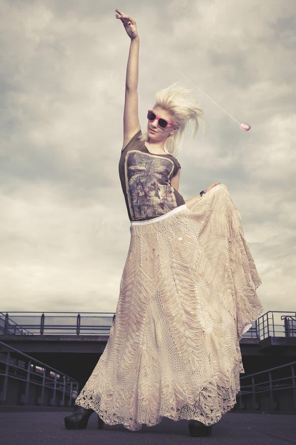 Stads- Fashionista fotografering för bildbyråer