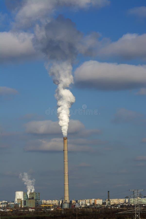 Stads- industriell förorening royaltyfria foton