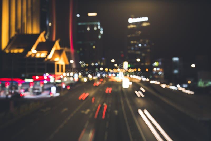 Stads- nattplats i staden med många ljus fotografering för bildbyråer