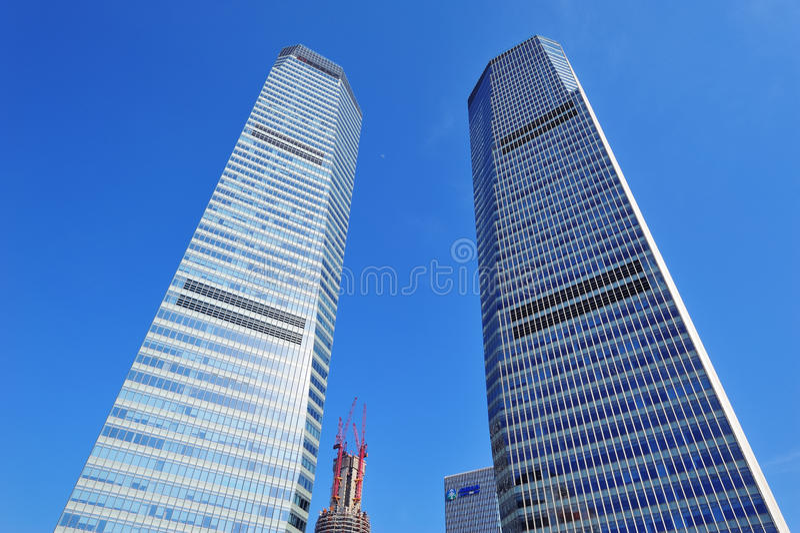 Stads- skyskrapa royaltyfria foton