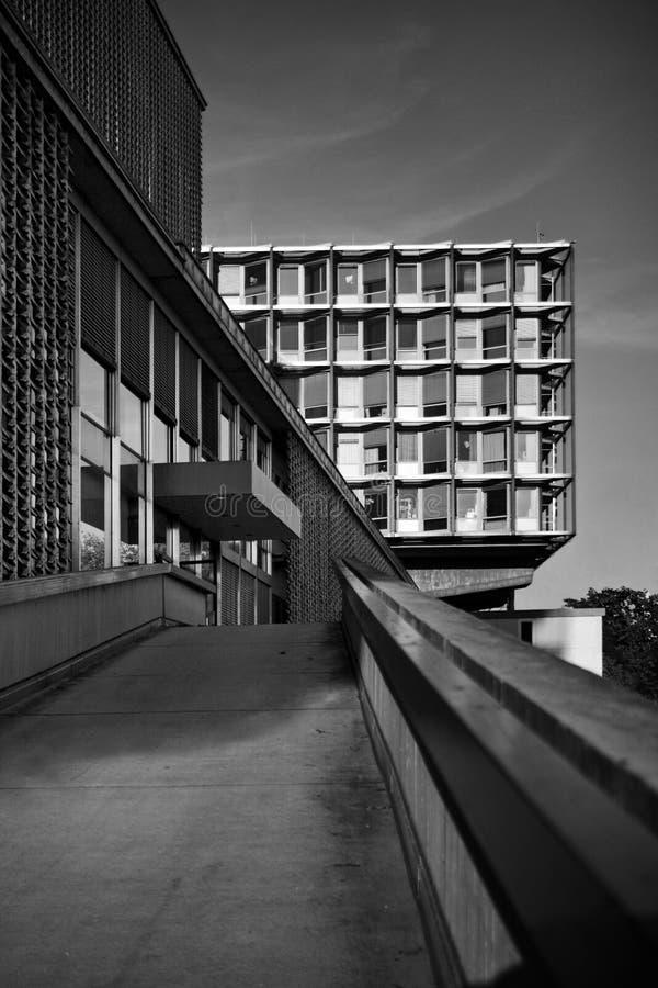 Stads- stadsarkitekturBenjamin Franklin sjukhus i berlin royaltyfri fotografi