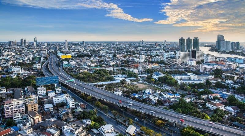 Stads- stadshorisont, Bangkok, Thailand royaltyfri foto
