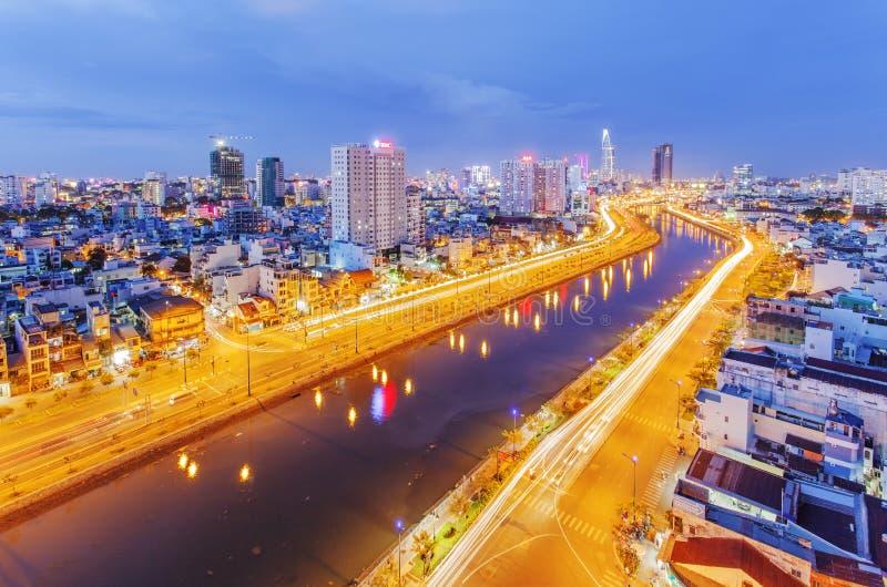 Stads- stadshorisont, Ho Chi Minh City, Vietnam arkivfoton