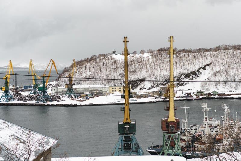 Stads- vinterlandskap på den Kamchatka halvön arkivfoton