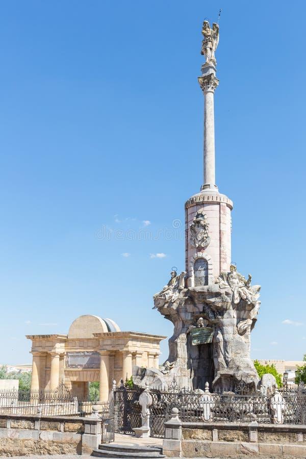Stadsbrug van Cordoba stock afbeeldingen
