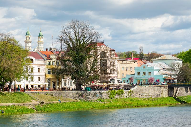 Stadscentrum van de oude stad in de lente royalty-vrije stock foto