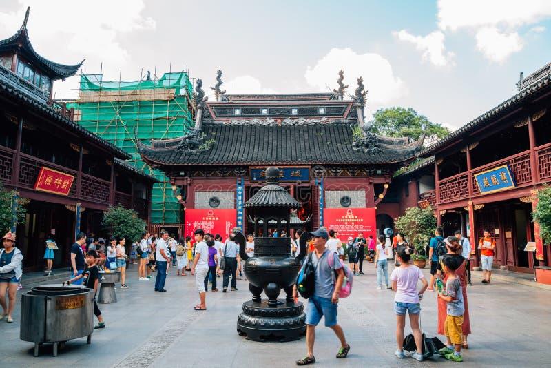 Stadsgudtempel Chenghuang Miao i Shanghai, Kina fotografering för bildbyråer