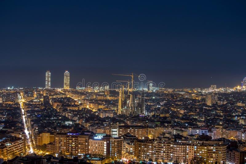 Stadshorisont uppifrån av Barcelona arkivbild