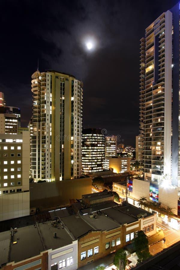 Stadshorisontnatt fotografering för bildbyråer
