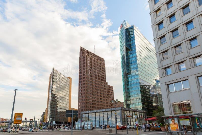 Stadshorizon bij het financiële district van Potsdamer platz Berlijn, Duitsland stock afbeelding