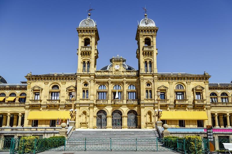 Stadshus av Donostia San Sebastian Spain royaltyfri fotografi
