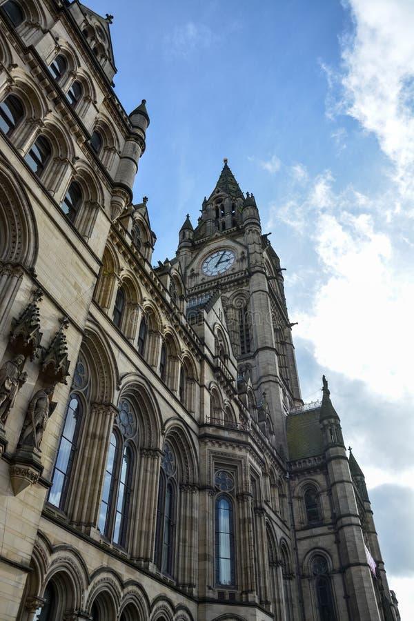 Stadshus av Manchester på en solig dag royaltyfri fotografi