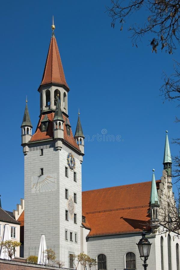 stadshus gammala munich royaltyfri foto