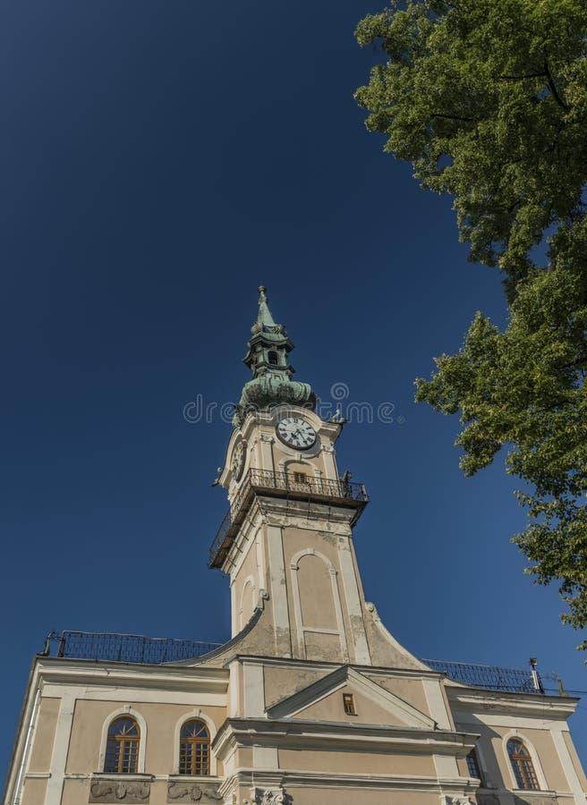 Stadshus i den Kezmarok Slovakien staden royaltyfria bilder