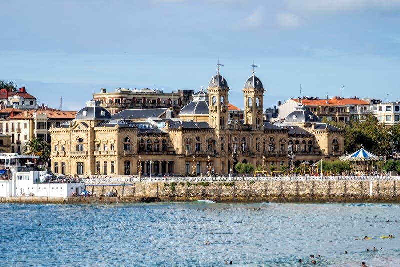Stadshus i San Sebastian - Donostia, Spanien royaltyfri bild