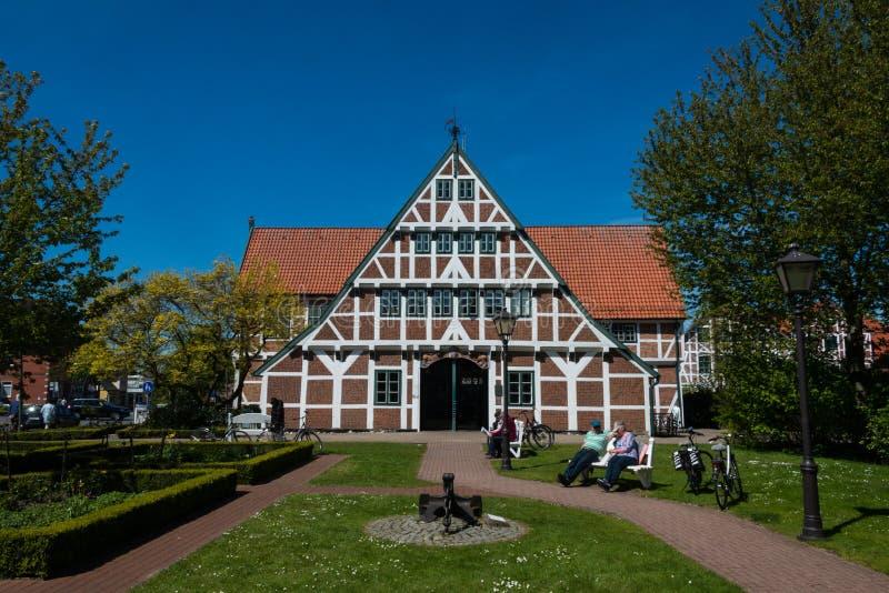 StadshusJork im Alten land Tyskland royaltyfri bild