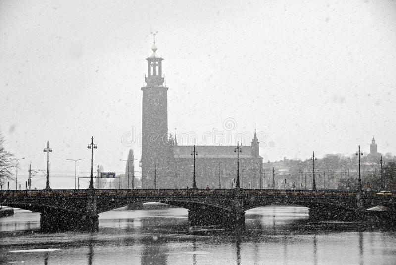 stadshusstadhusetstockholm sweden sikt arkivbilder