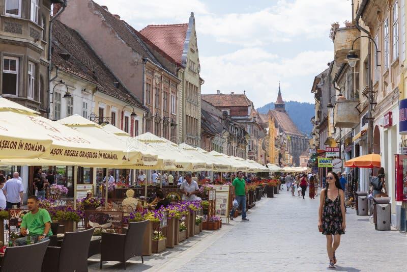Stadsliv Brasov, Rumänien arkivbilder