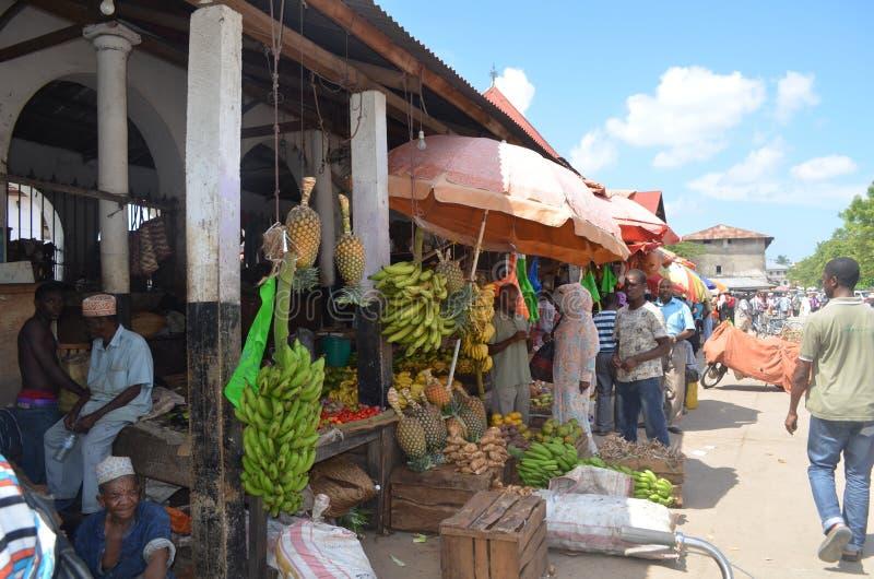 Stadsmarkt in Steenstad. stock fotografie