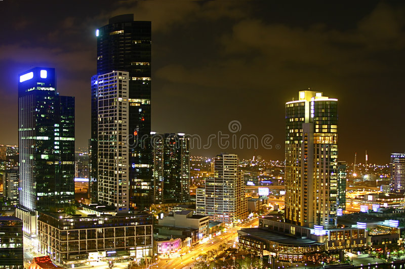 stadsmelbourne natt arkivbild