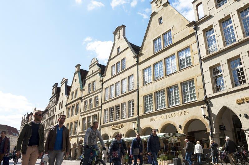 Stadsmening, het straatleven, klanten, MÃ ¼ nster, Duitsland royalty-vrije stock fotografie