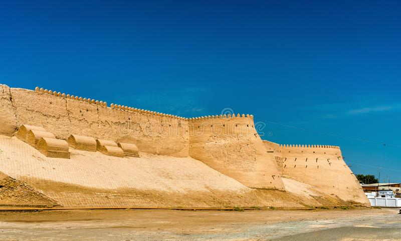 Stadsmuren van de oude stad van Ichan Kala in Khiva, Oezbekistan stock afbeelding