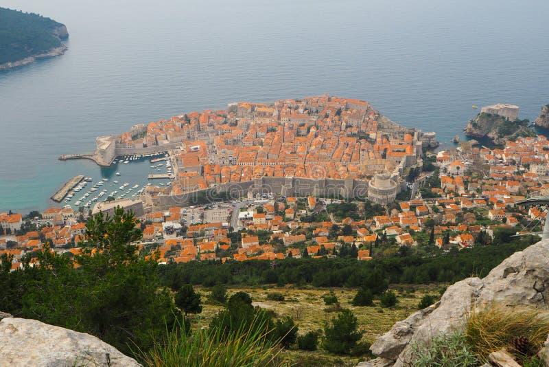 Stadssikt av den gamla staden Dubrovnik royaltyfria bilder