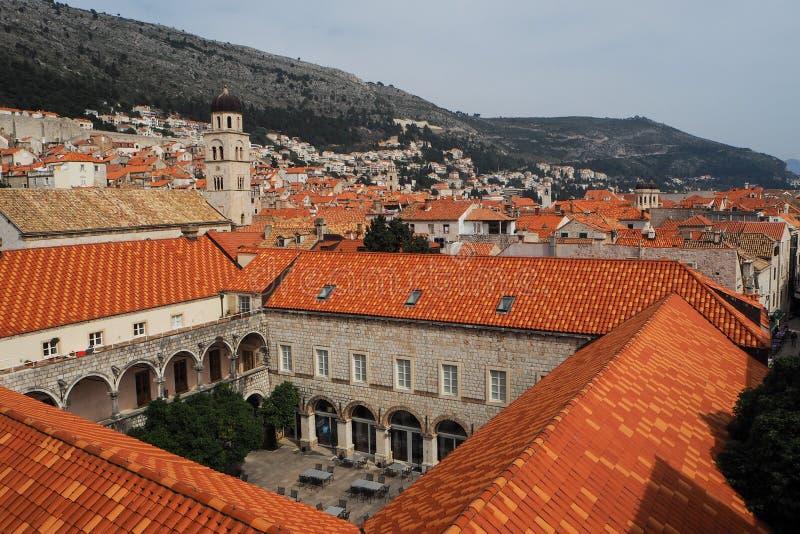 Stadssikt av den gamla staden Dubrovnik arkivbilder