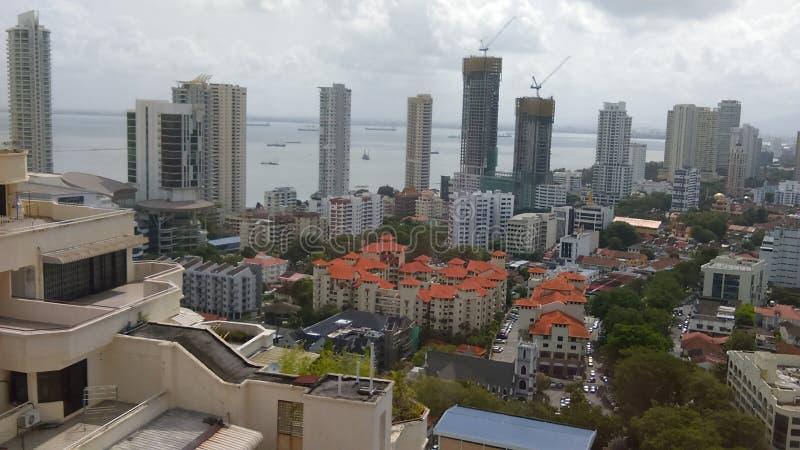 Stadssikt av den Penang sjösidan royaltyfri bild