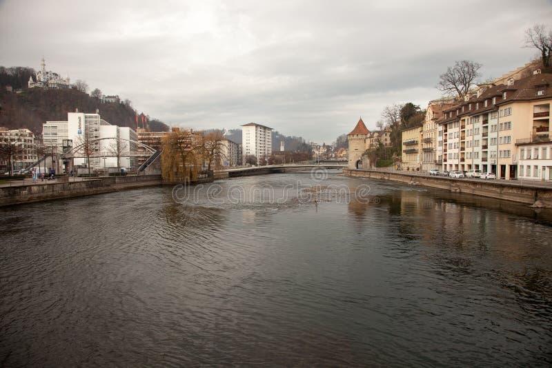 Stadssikter från i stadens centrum Luzern Lucerne, Schweiz arkivbilder