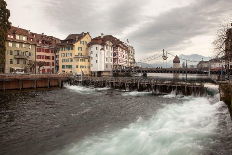 Stadssikter från i stadens centrum Luzern Lucerne, Schweiz arkivbild