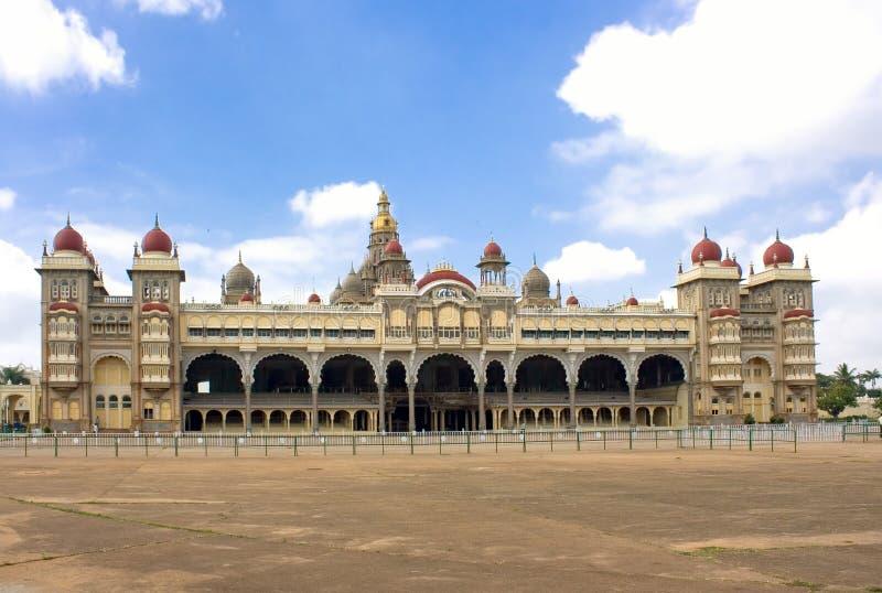 Stadsslott i Mysore, sydliga Indien arkivfoton