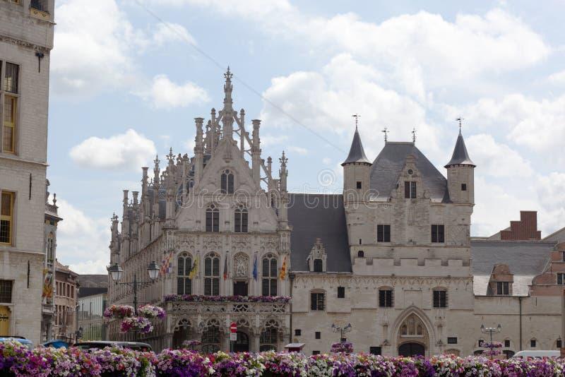 Stadsstadshus i Mechelen royaltyfri foto