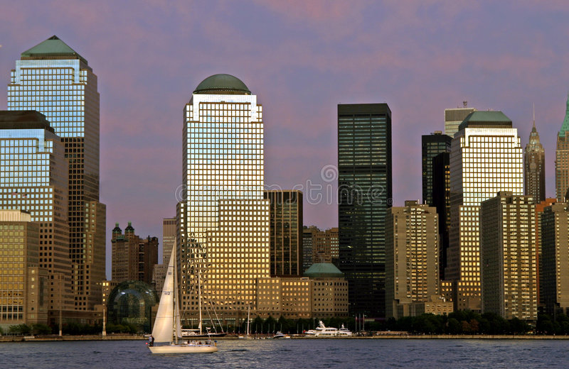 Download Stadssundown arkivfoto. Bild av skyskrapor, sundown, hudson - 25344