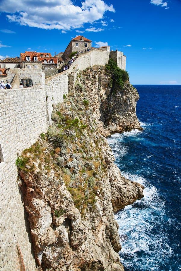 Stadsväggar av Dubrovnik arkivfoto