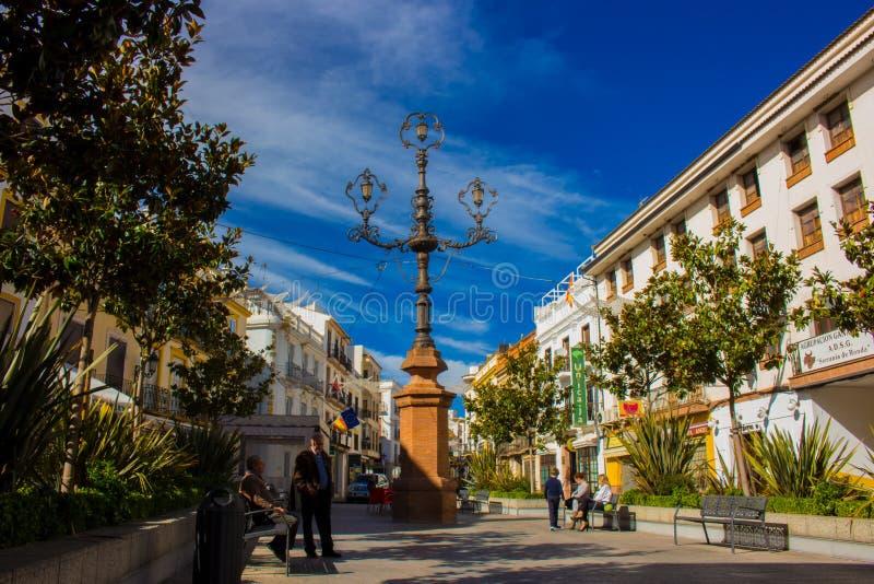 Stadsvierkant in de stad van Ronda royalty-vrije stock afbeeldingen