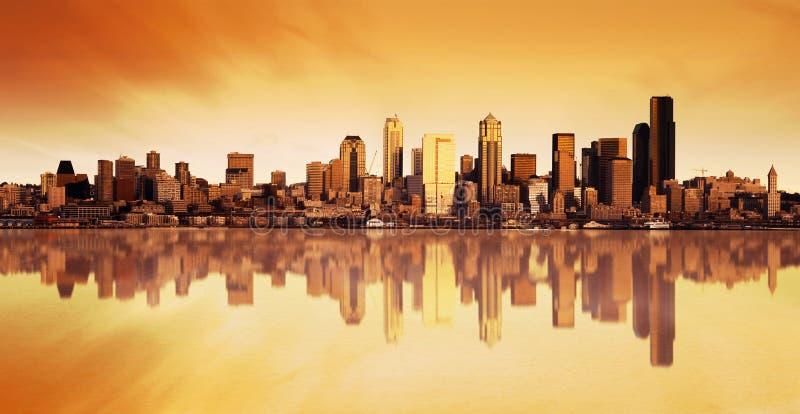 Stadt-Ansicht-Sonnenaufgang stockfotografie
