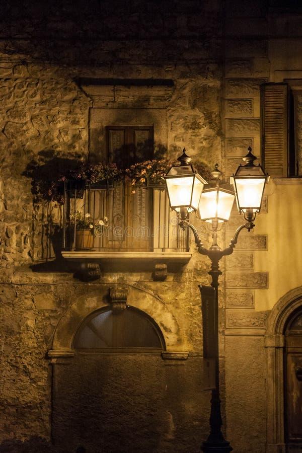 Stadt Campos di Giove Old in der Abruzzo-Gebirgsregion lizenzfreie stockfotografie