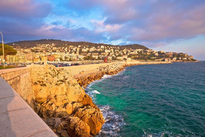 Stadt der Nizza Ufergegend- und Hafensonnenuntergangansicht stockfotos