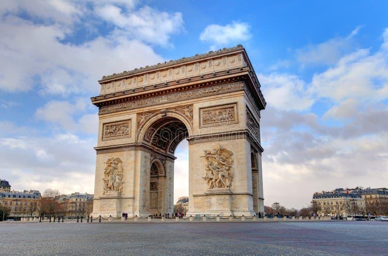 Stadt des Arcs de Triomphe Paris am Tag lizenzfreie stockbilder